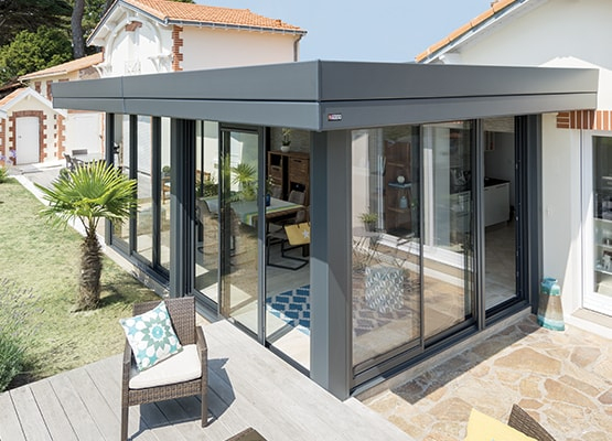 Extension De Maison Bioclimatique Et Design - Véranda Rideau à Rideau De Toit Pour Veranda