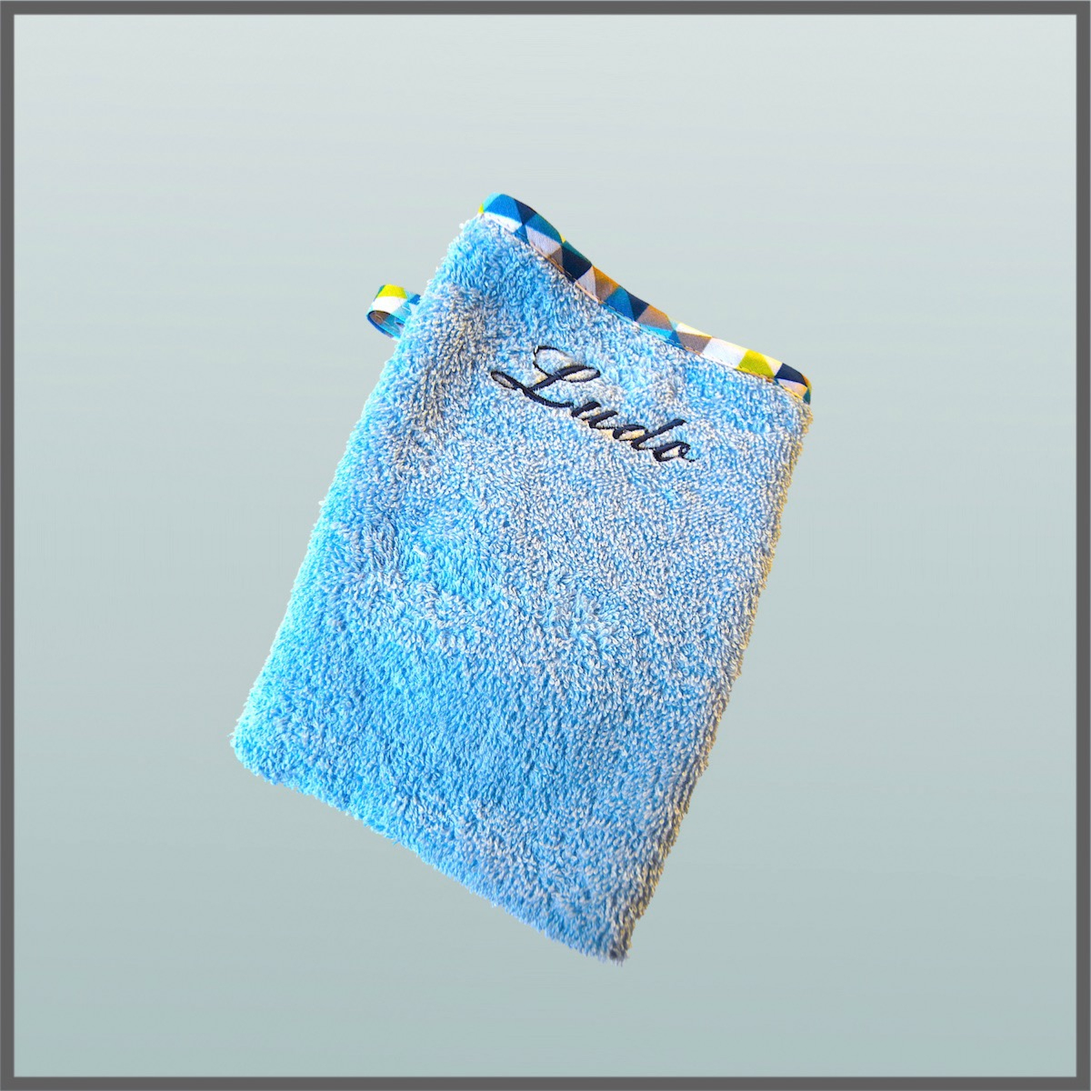 Gant De Toilette Enfant Bleu Layette serapportantà Gant Toilette Enfant