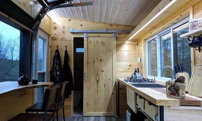Intérieur Fonctionnel D'Une Tiny House © Cabinscape concernant Toilette Seche Interieur Maison