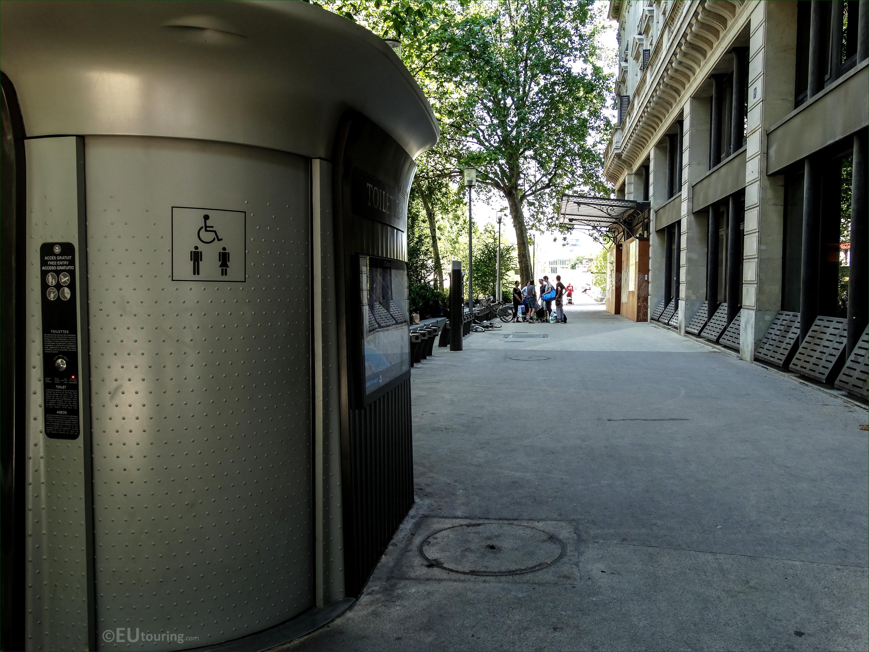 Location Maps Of Public Toilets In Paris concernant Toilettes Publics