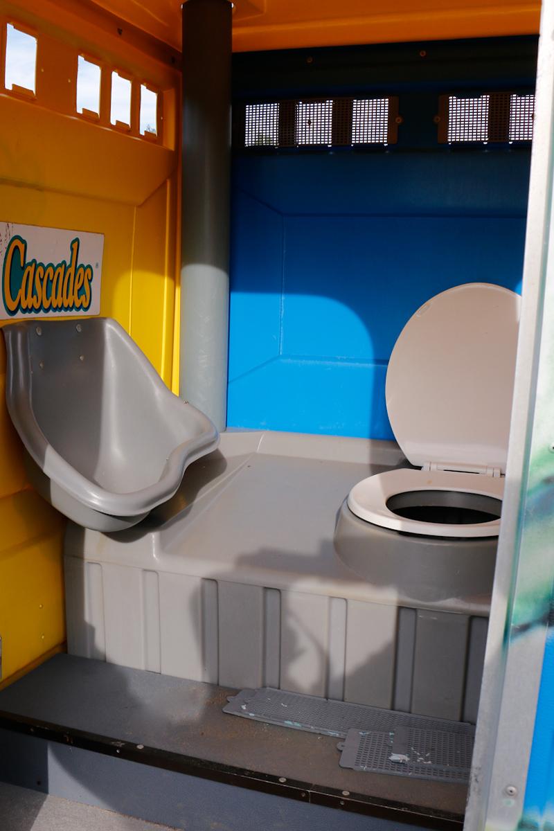 Location Toilette Chimique De Festival | Pompage pour Prix Location Toilette Chimique