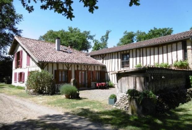 Maison À Saint-Maurice-Sur-Adour. Location De Vacances serapportantà Cheminée Electrique Boulanger