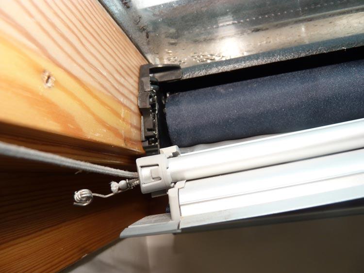 Mecanisme Fermeture Velux intérieur Rideau De Velux
