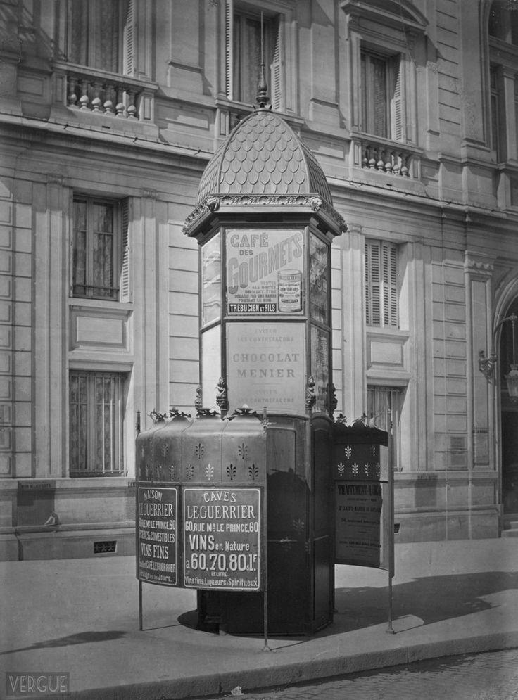 Photos Vintage Noir Et Blanc Paris Insolite Urinoirs encequiconcerne Toilette Publique Paris