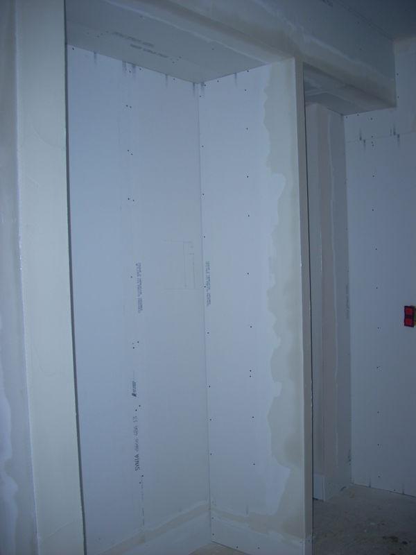 Placard De L'Entrée Avec Passage Pour Porte Des Toilettes avec Placard Pour Toilette