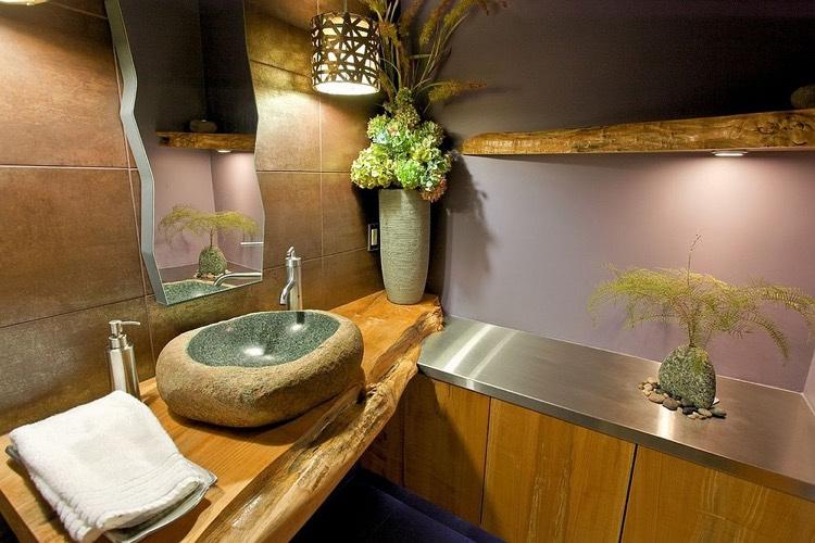 Plan Vasque Bois Brut Dans La Salle De Toilette – Osez Le pour Plan De Toilette Bois