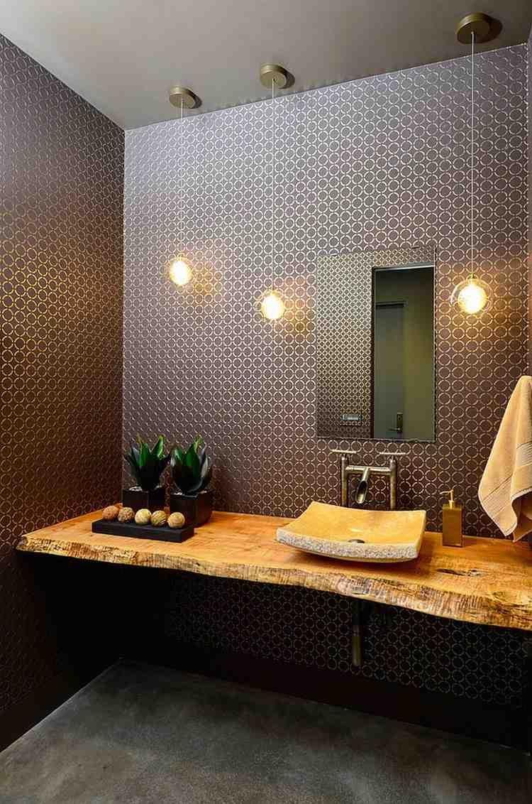Plan Vasque Bois Brut Dans La Salle De Toilette – Osez Le serapportantà Plan De Toilette Bois