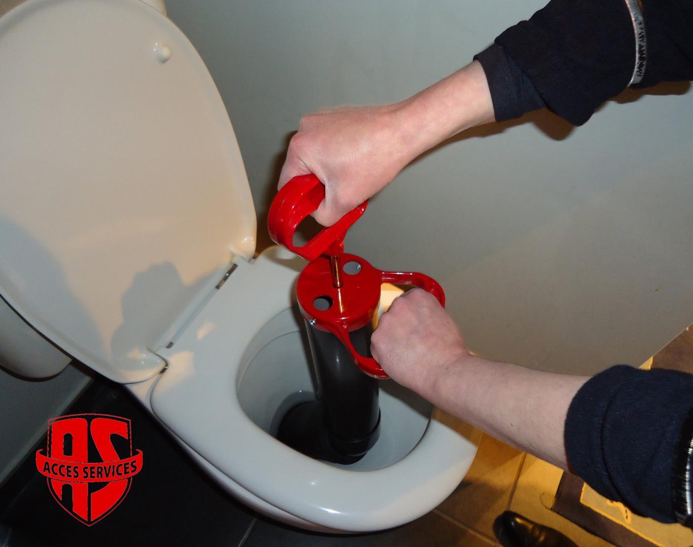 Plombier Wc Bouches avec Toilettes Bouchées