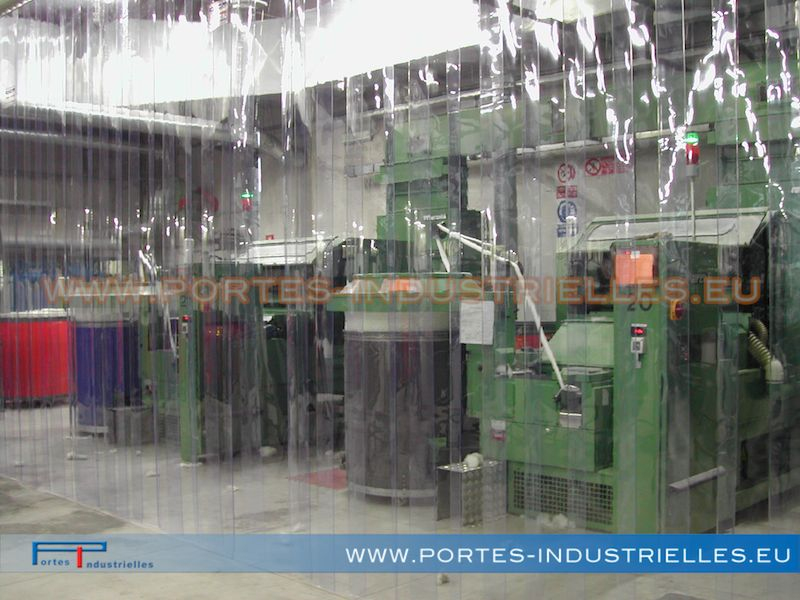 Portes À Lanières - Rideaux A Lanieres Souples De Pvc destiné Rideau Plastique Industriel
