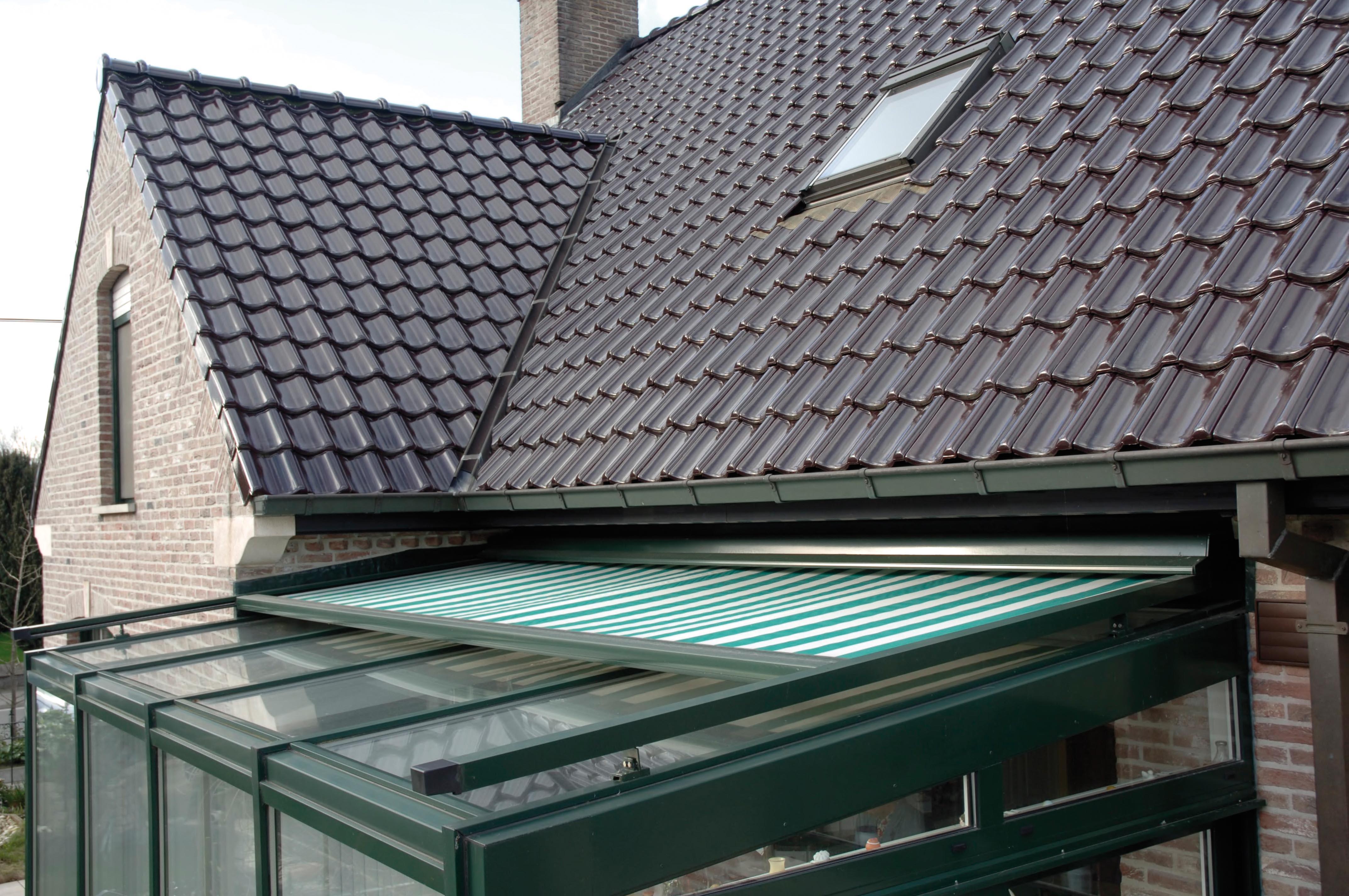 Pose Stores De Véranda - Devis Gratuit Installation Store tout Rideau De Toit Pour Veranda