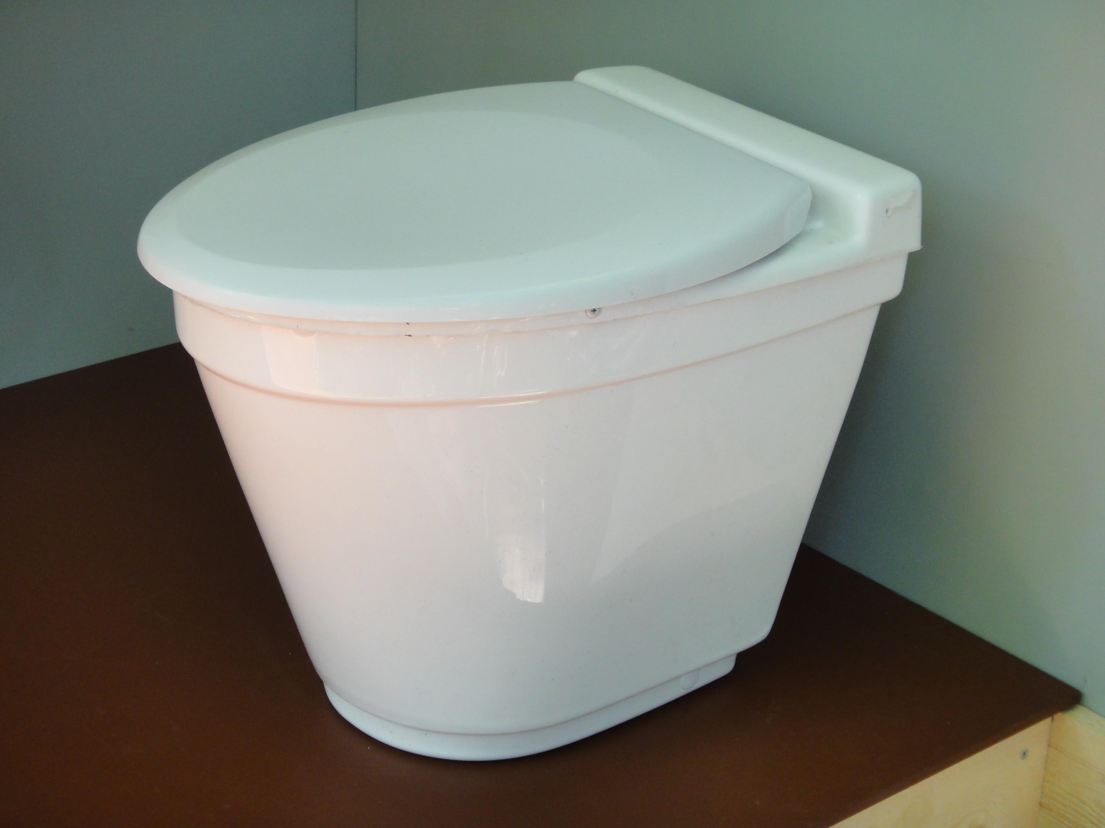 Toilette Sèche À Compost Vu Ekolet - Toilette Sèche encequiconcerne Toilette Seches
