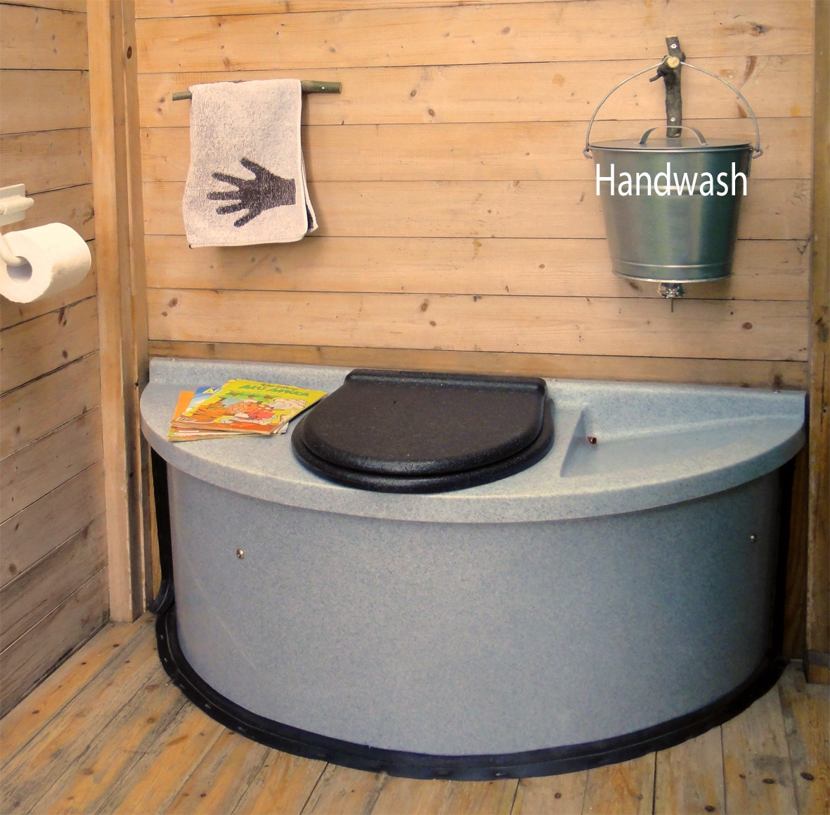 Toilette Sèche À Compost Vu Ekolet - Toilette Sèche serapportantà Toilette Seche Interieur Maison