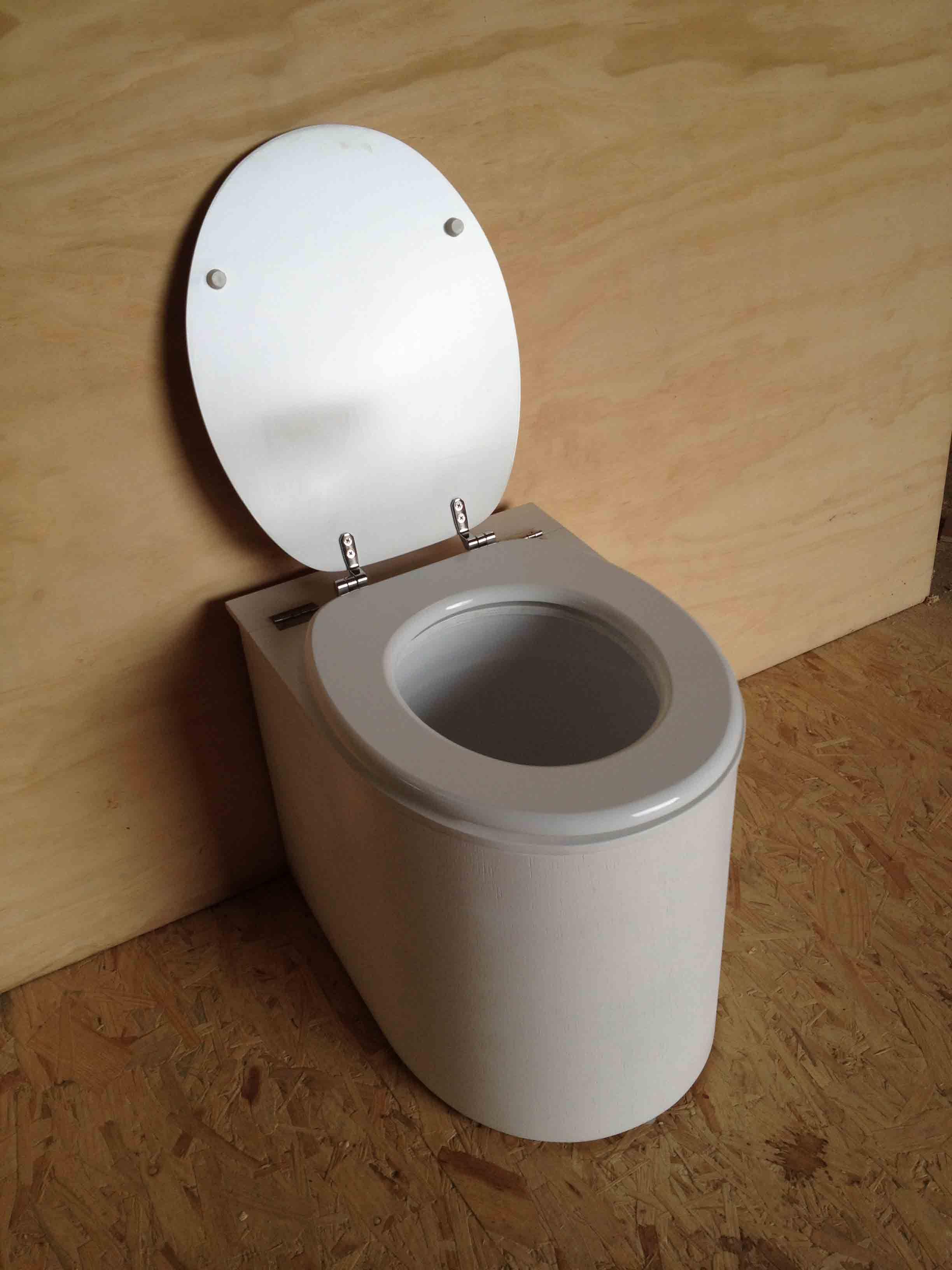 Toilette Seche De Elise Jacmain Du Tableau Toilette Seche encequiconcerne Toilette Seche Interieur Maison
