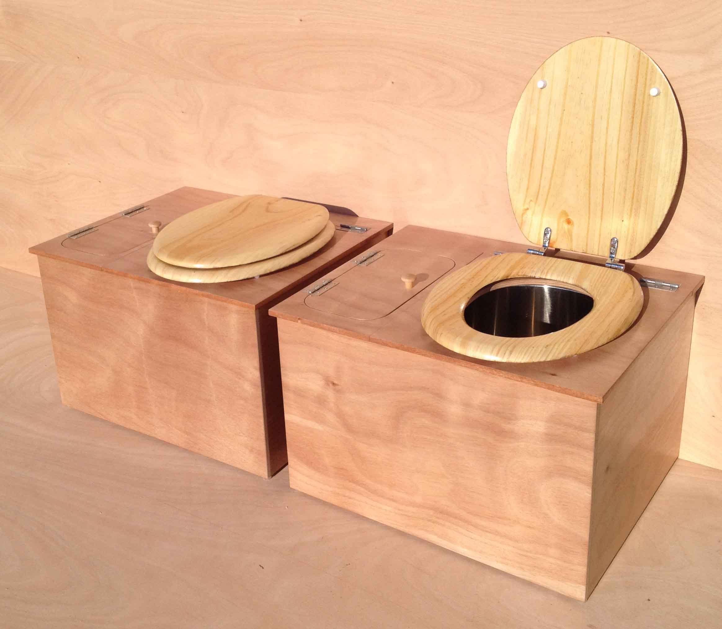 Toilette Seche Exterieur | Fabulous Toilettes concernant Toilette Seche Interieur