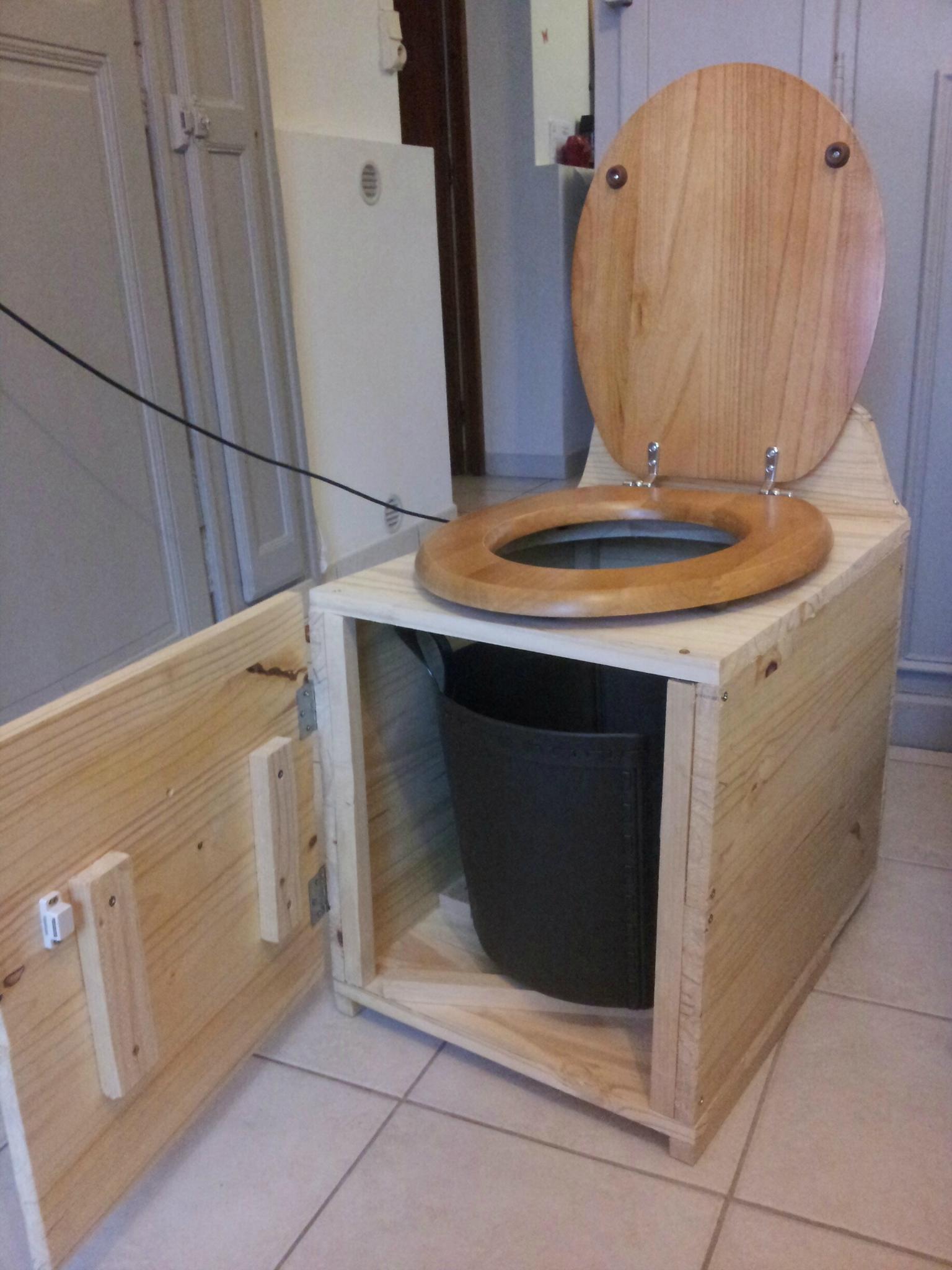 Toilettes Seches Construction avec Toilette Seche Exterieur
