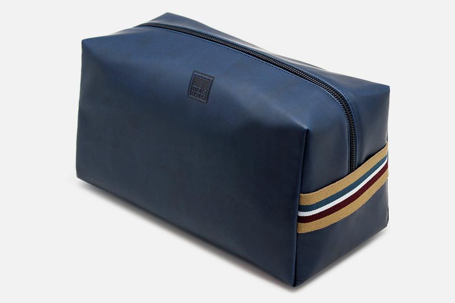 Trousse De Toilette Homme Bleu Marine - Hotel Gift Selection intérieur Trousse De Toilette Homme Luxe
