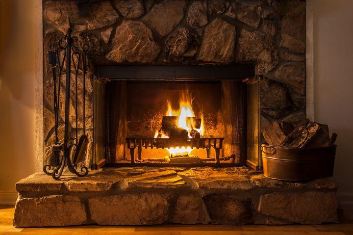 Cheminée : Comment Fermer Un Foyer Ouvert destiné Rénovation Cheminée Ancienne Foyer Ouvert
