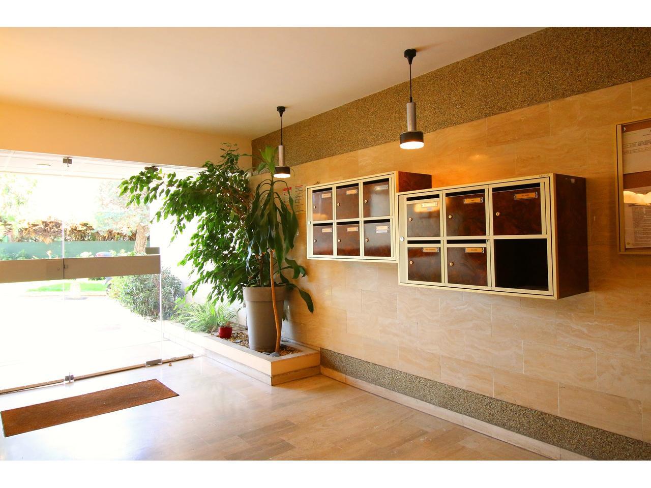 Immobilier Appartement Antibes Appartement 3 Pieces 83 M pour Residence Les Oliviers Chemin De La Peyregoue Antibes