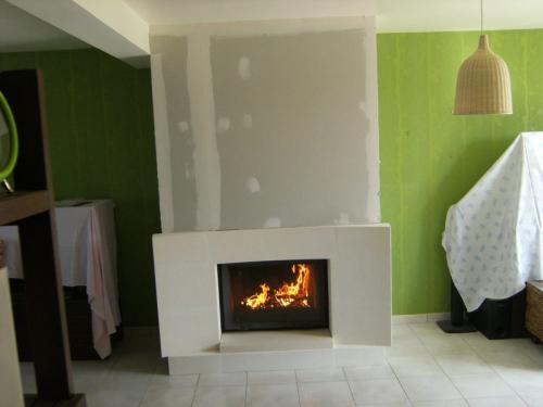 Regis Services - Rénovation Et Construction De L'Habitat intérieur Rénovation Cheminée Ancienne Foyer Ouvert