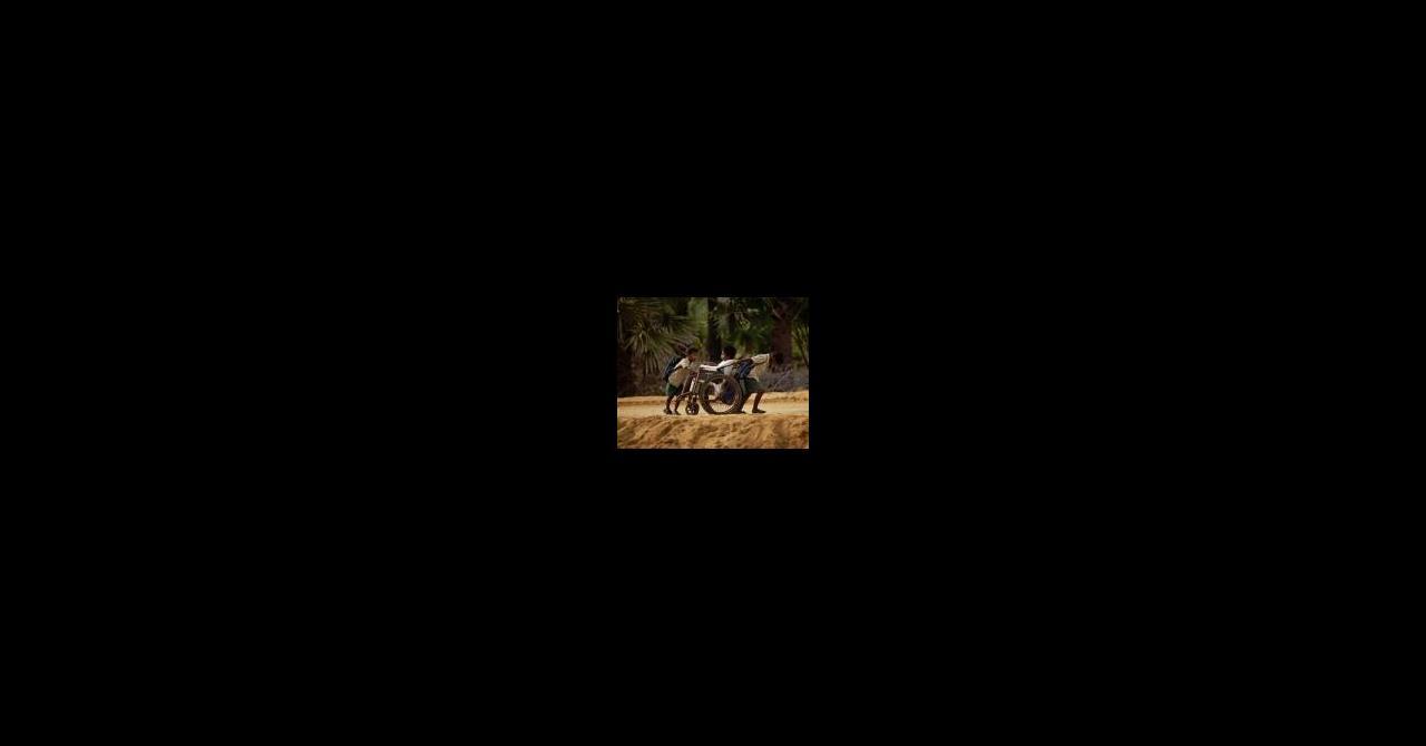 Sur Le Chemin De L'École (2013), Un Film De Pascal Plisson destiné Sur Le Chemin De L École Film Complet