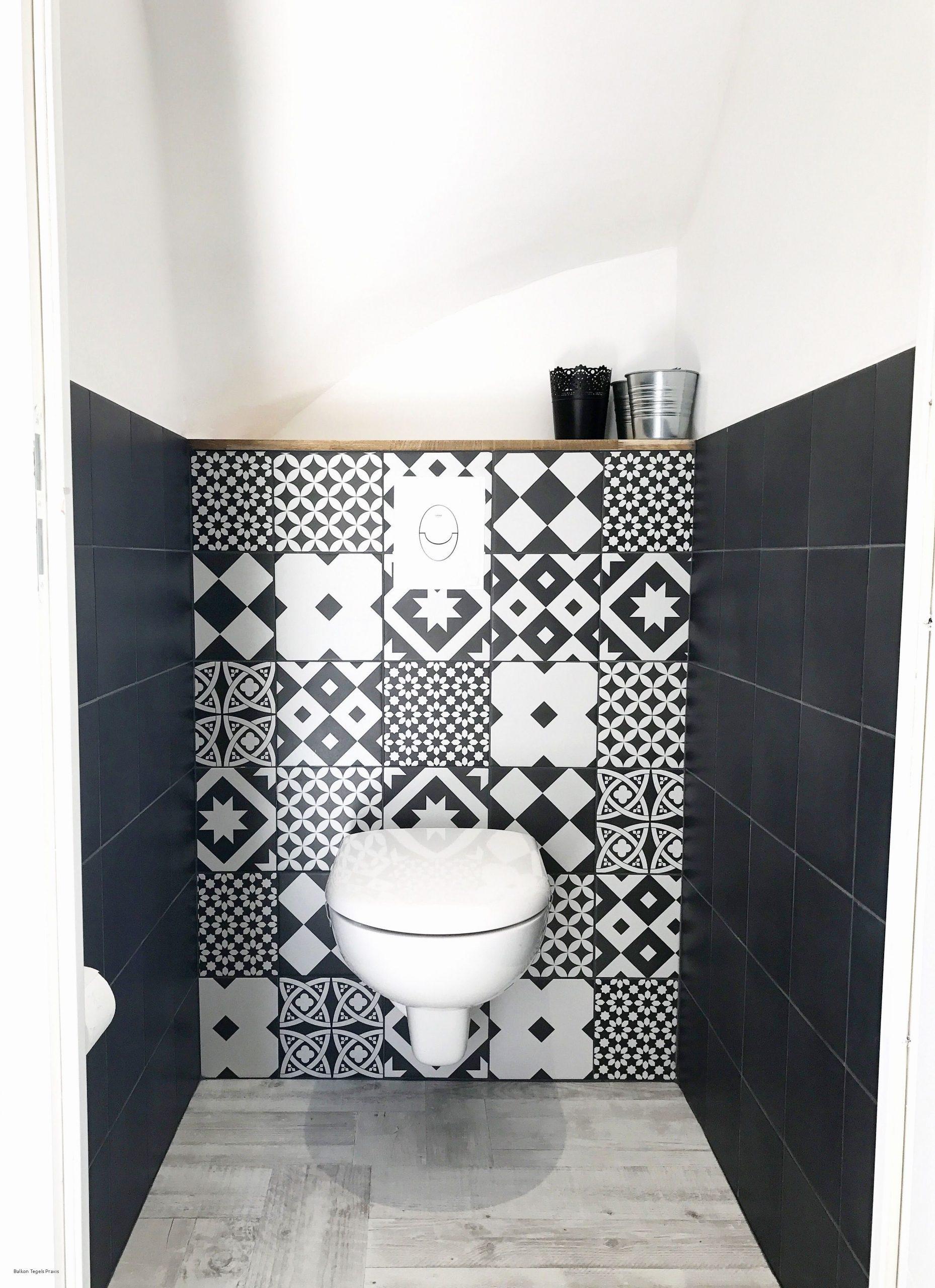 20 Idées Pour Le Revêtement Mural De Ses Toilettes | Idée serapportantà Carrelage Wc Tendance 2020