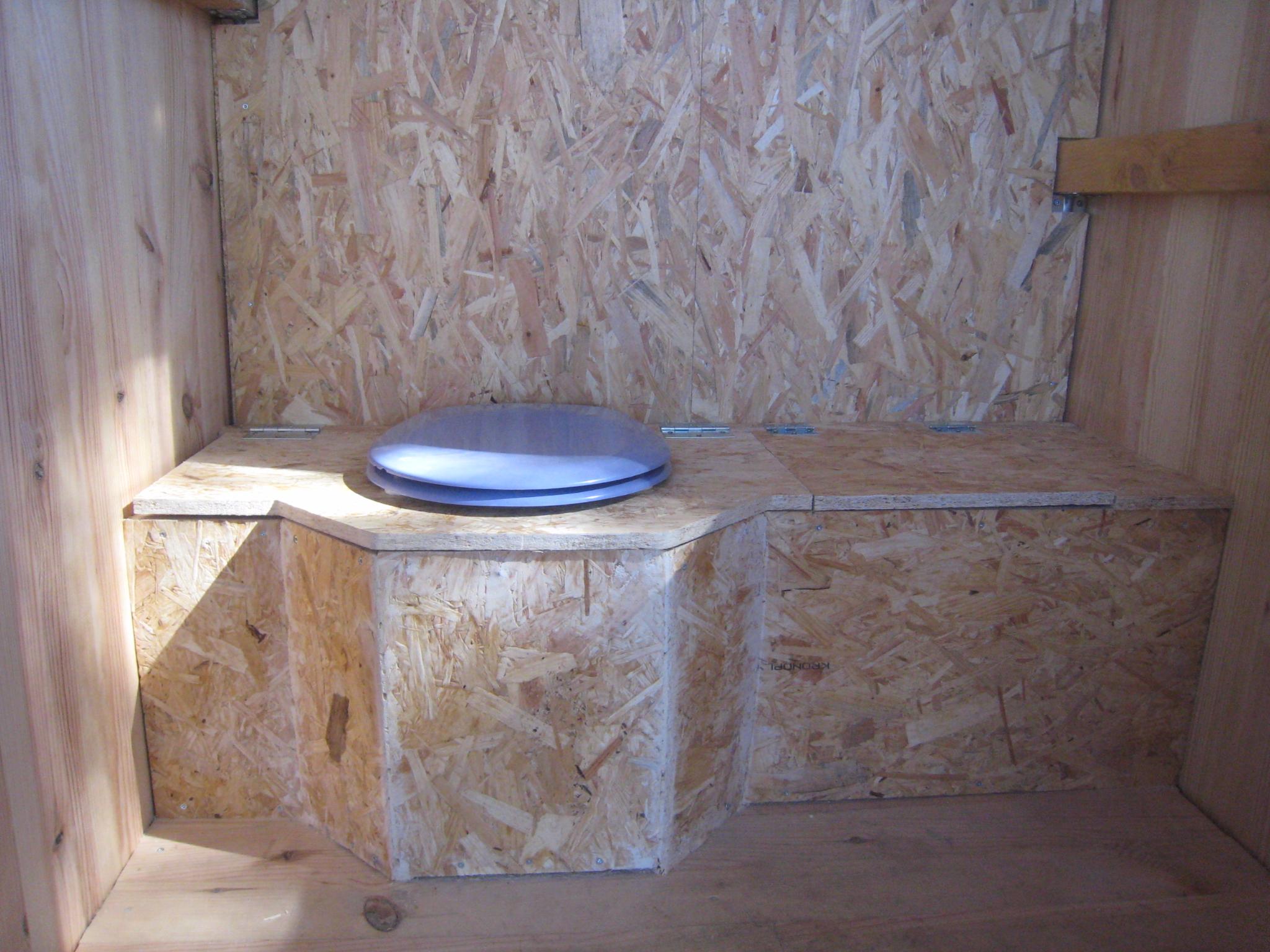 Des Toilettes Sèches Au Fond Du Jardin - Créations Et intérieur Toilette Sèche Ikea