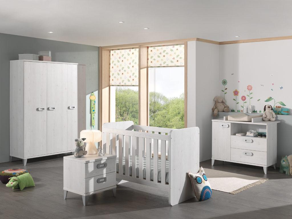 "Liv Lariks « Neyt Furniture pour ""Neyt Furniture"""