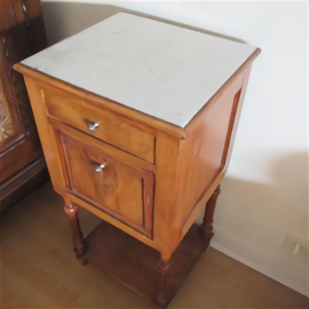 Table Ancienne Tiroir D'Occasion | Plus Que 2 À -70% intérieur Table De Nuit Ancienne Le Bon Coin
